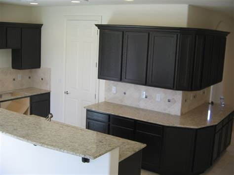 cabinet refacing cost lowes cabinet refacing kits lowes roselawnlutheran