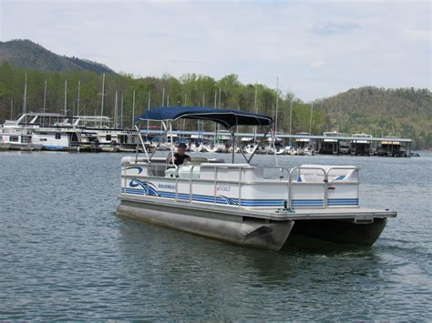 Fishing Boat Rentals Tennessee by Watauga Lake Boat Rentals Book Now