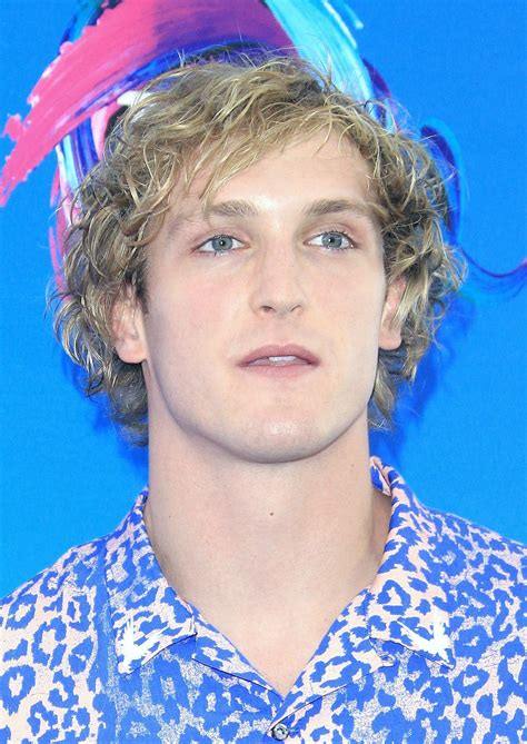 american youtuber logan paul apologizes  showing body