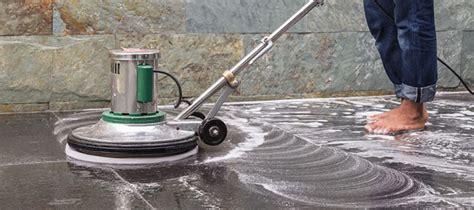 Macchina Per Pulire Pavimenti by Pulire Il Pavimento Di Granito Pavimento It