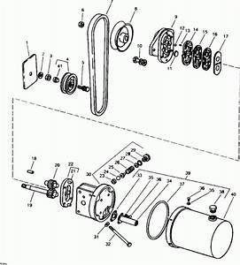 John Deere 112 Hydraulic Lift