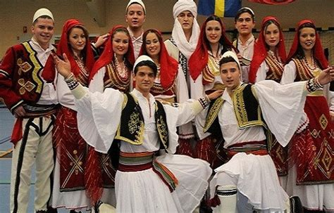 traditional costumes   world