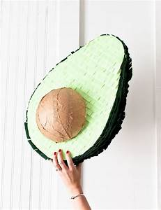 Pinata Basteln Hochzeit : avocado pi ata craft pinterest geburtstag diy party ideen und diy party dekoration ~ Markanthonyermac.com Haus und Dekorationen
