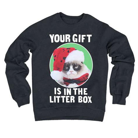 grumpy cat sweater grumpy cat your gift is in the litter box fleece sweater