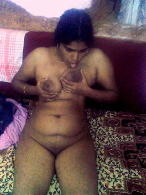 बड़ी चूच वाली नीता आंटी Sucksex Hindi