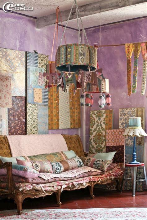 Decorating Ideas Magazine by Best 25 Magazine Wall Ideas On Magazine Wall