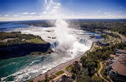 Falls Niagara Barrel Going