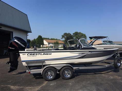 Raptor Boats Fishing by 2018 New Crestliner 2100 Raptor Freshwater Fishing Boat
