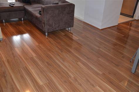 woodtrends tallowood laminate laid  lounge room