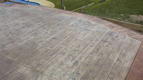 wood plank stamped concrete  stone texture border