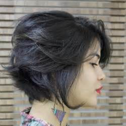 Cute Hairstyle Layered Short Haircuts for Round Faces