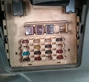 Circuit Fuse Scheme On Toyota Yaris 1999