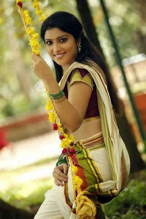 vaigha malayalam in onam special set mundu neriyathu traditional dresses