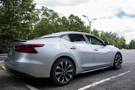 'four-door Sports Car' Meets