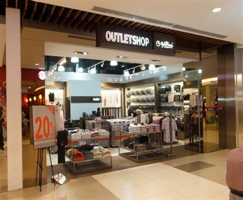 Goldlion Outletshop   Bags & Shoes   Apparel   Outlet   IMM