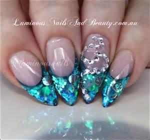 Nails paua shell effect blue green glitter nail art