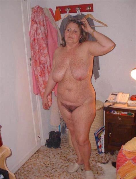 Hot Naked Freckled Old Milf Mature Porn Pics