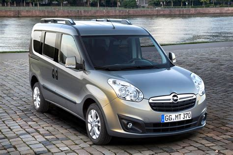 Opel Combo by 2016 Opel Combo B Tour Pictures Information And Specs