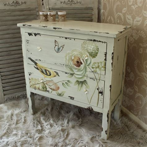 painted shabby chic furniture 25 best ideas about floral painted furniture on pinterest hand painted furniture floral