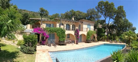 villa et maison de location maison villa rayol canadel sur mer 83820