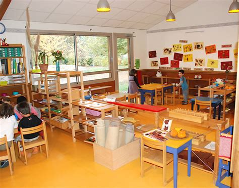 free siege social telephone enseignement bilingue éducation pédagogie garderie enfants