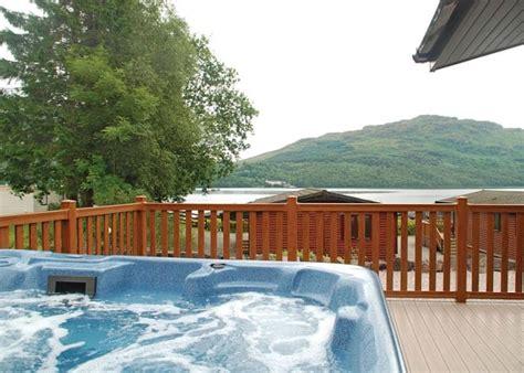 log cabin with tub uk breaks scotland s best tub escapes tub holidays hoseasons