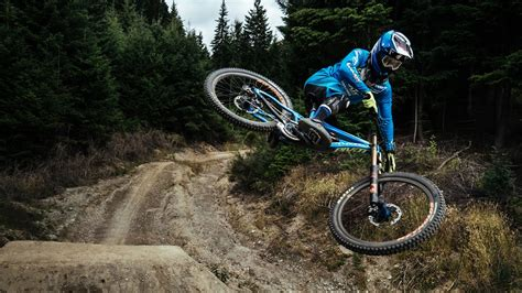 Amazing Whip Compilation - Downhill & Freeride Tribute ...