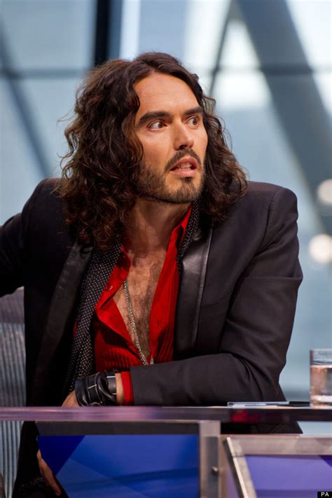 russell brand vote russell brand s don t vote policy is a fascist idea
