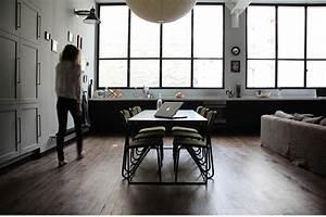 Un Appartamento In Stile Postindustriale In Pieno Centro A