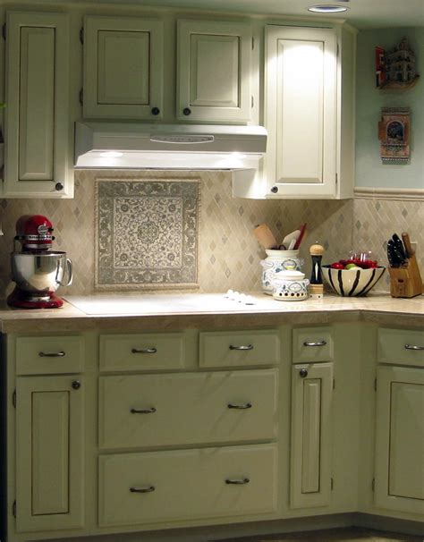A kitchen backsplash can be useful in protecting your kitchen walls against water. Country Kitchen Backsplash Ideas - HomesFeed