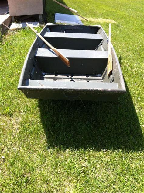 Alumacraft 12 Foot Flat Bottom Jon Boat With Oars 55