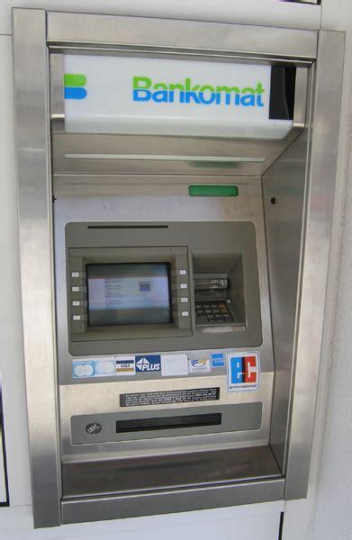 bankomat bankomaten im ferienort hinterstoder berghof