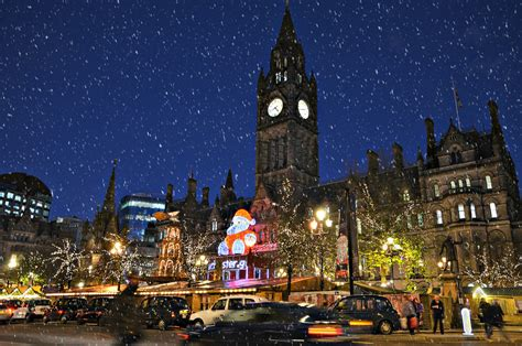 manchester town hall albert square christmas markets