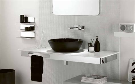 Decoration Ideas For Bathrooms Black And White by Black And White Theme For Minimalist Bathroom Ideas