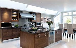 khong gian bep go oc cho With kitchen cabinet trends 2018 combined with hut sticker