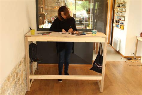 position bureau bureau pour travailler debout un meuble esthétique