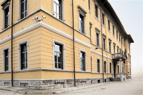 Ufficio Postale Ponte Chiasso by Cfp Centro Formazione Professionale