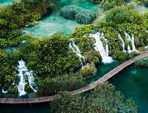 Croatie  Le Parc National Des Lacs De Plitvice