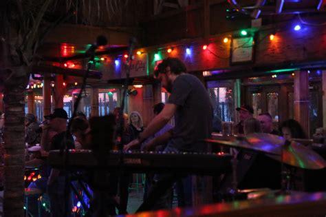 tiki bar  stage seacrets ocean city md waterfront