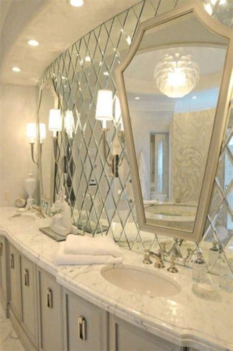 Mirrored Bathroom Wall Tiles by The 25 Best Glamorous Bathroom Ideas On