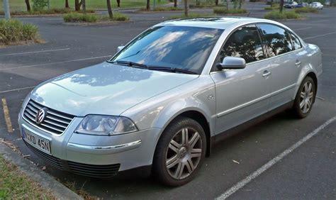 2004 Volkswagen Passat Photos, Informations, Articles