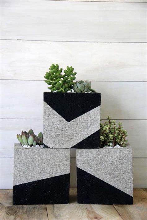 budget outdoor planter projects  budget decorator