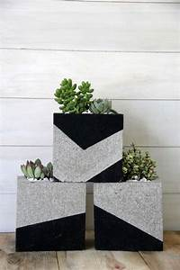 Budget Outdoor Planter Projects • The Budget Decorator