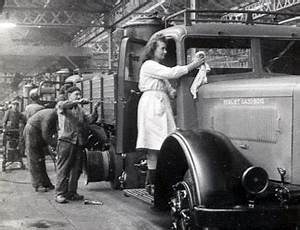 Renault Suresnes : fonds d archives fondation berliet ~ Gottalentnigeria.com Avis de Voitures