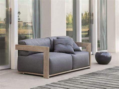 canape exterieur bois le canapé de jardin embellit votre espace extérieur