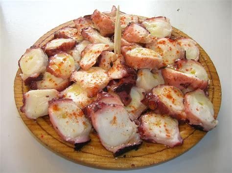 cuisiner des gambas le top 10 des plats espagnols à goûter absolument idées vacances