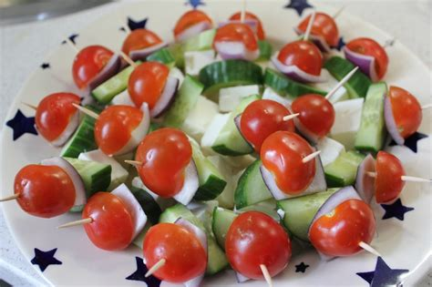 greek salad mini canapes wedding food pinterest