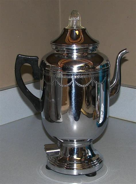 From your farberware cookware account and order tracking to product registration, use and care, warranty information and more, we are here with information, resources and direct assistance to support your selection. Vintage Farberware 212 Electric Percolator Coffee Pot 12 Cup