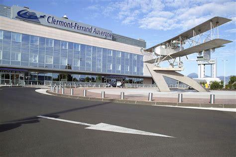 chambre de commerce de clermont ferrand l aéroport de clermont ferrand auvergne travelercar