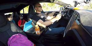 "Watch Tesla P85D ""Insane Mode"" Turn Everything into a ..."